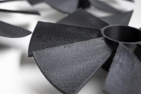 tu brno racing lopatky carbon fiber