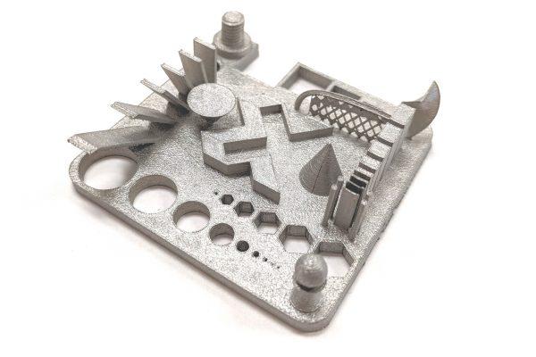 Výtisk z 3D tiskárny XM200C.